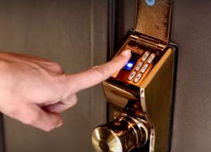 מנעול ביומטרי משולב קוד של e-lock